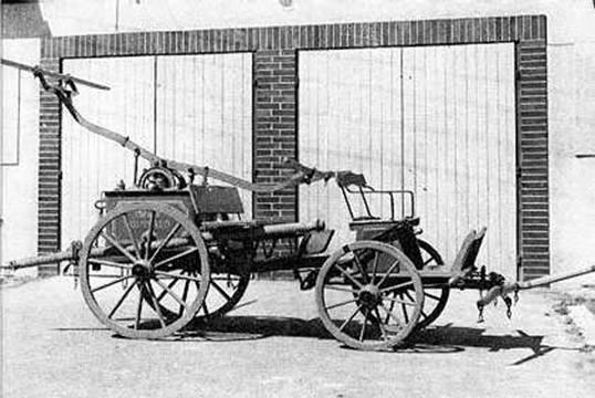 První stříkačka v Kunvaldě z r. 1889